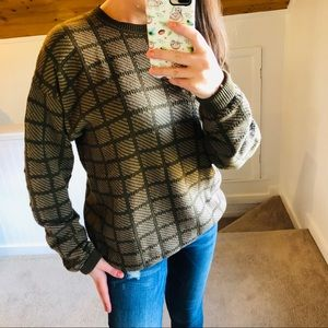 Vintage Claiborne Olive & Tan Sweater
